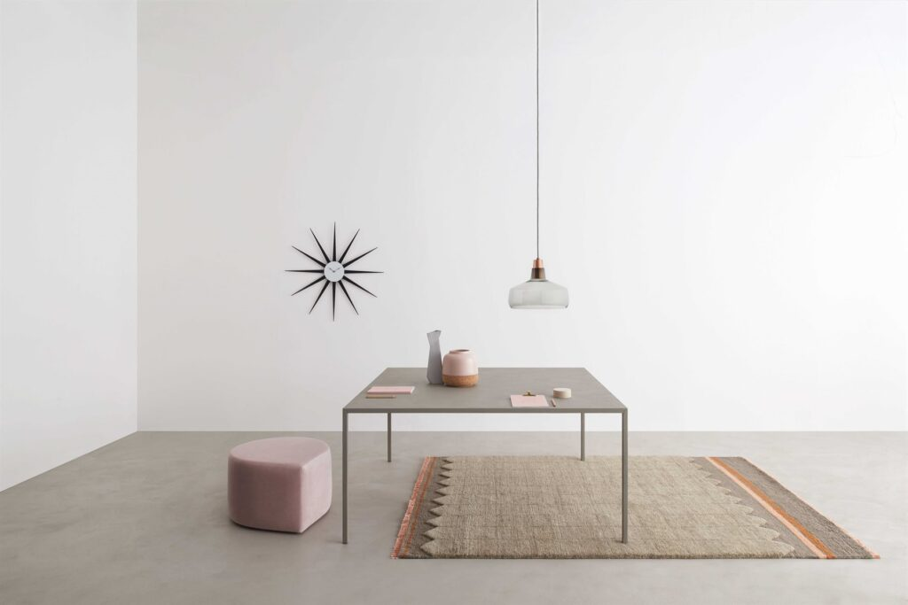 The square dining table: a guide to the right choice for your home